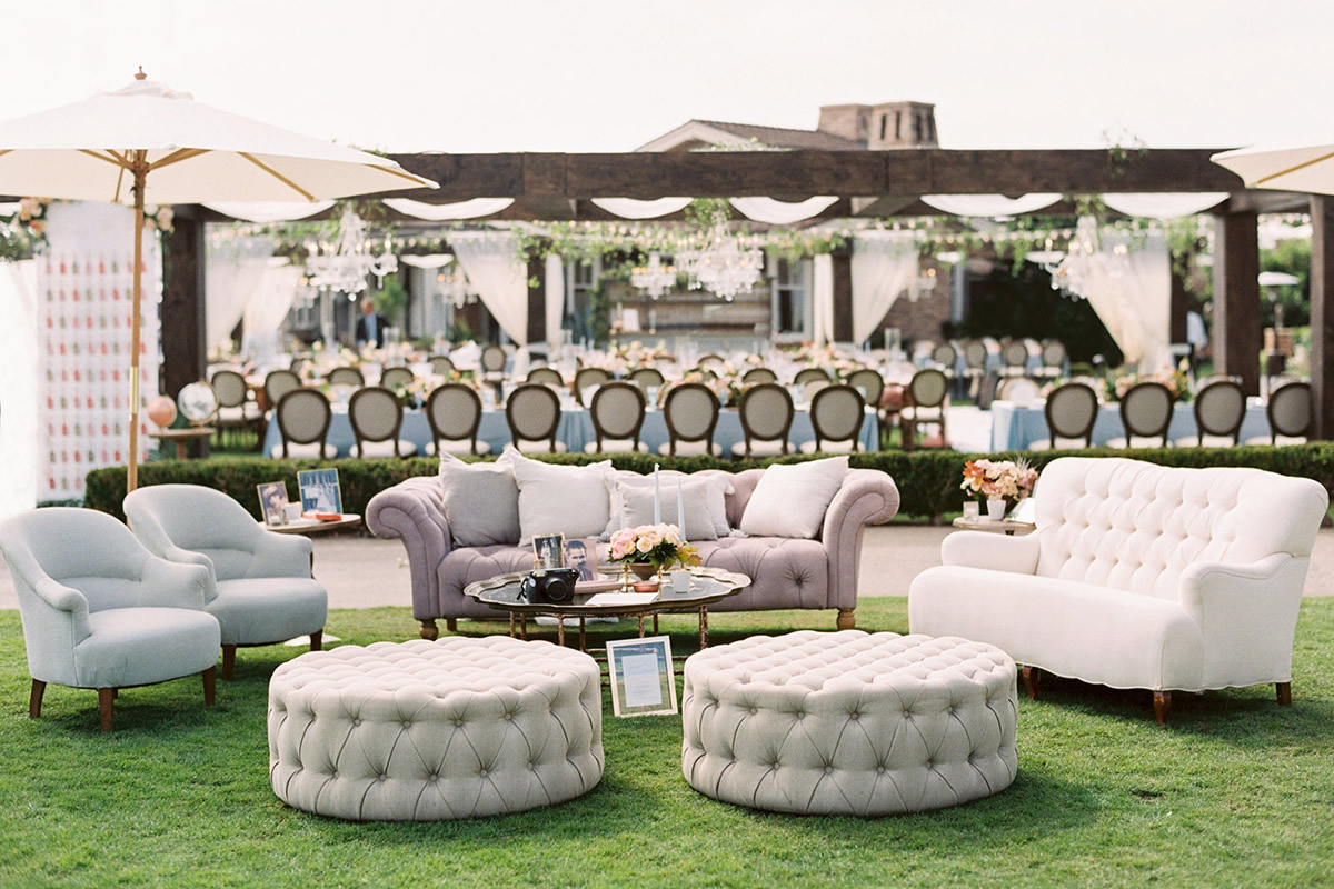 Create a Wedding Lounge at Your Orlando Wedding