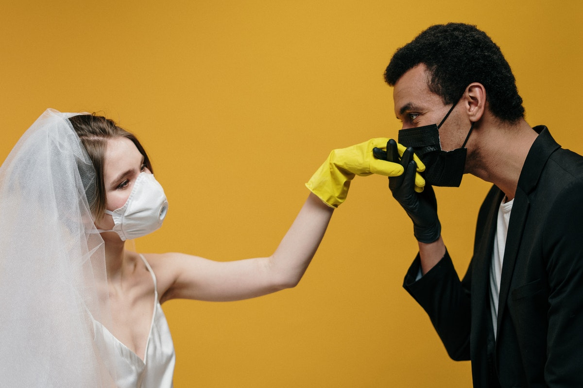 How 2020 Brides Cope with the Continuing Pandemic